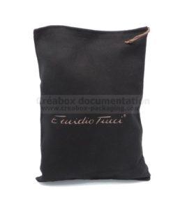 pochon noir pour chaussures - 27x36 cm impression dorée